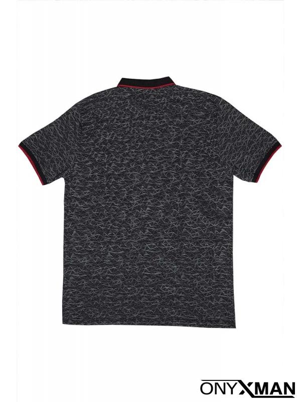 Тениска с яка в черно с ромбове