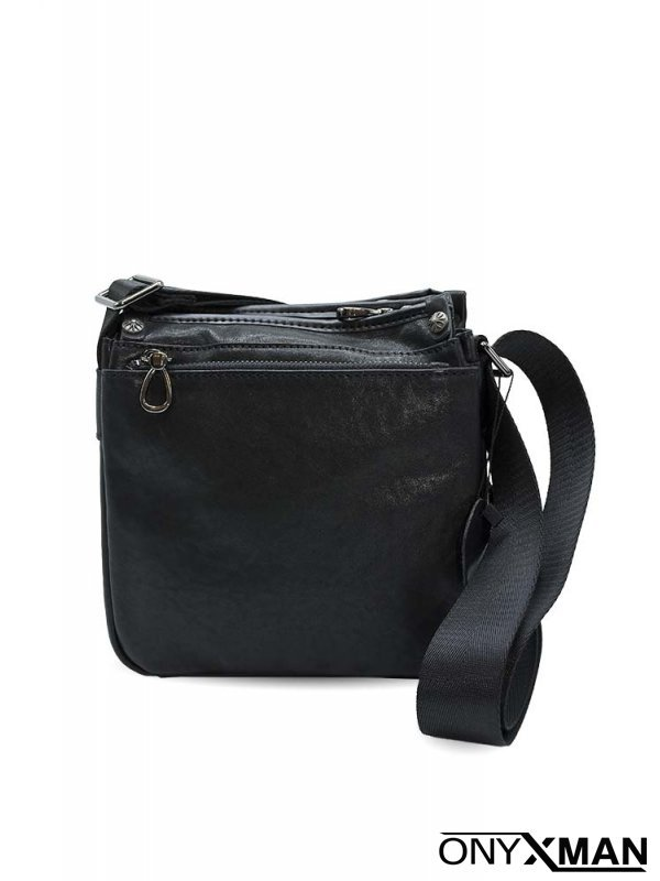 Мъжка чанта от естествена кожа през рамо