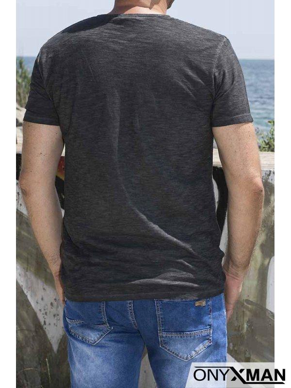 Ленена тениска с декоративен джоб