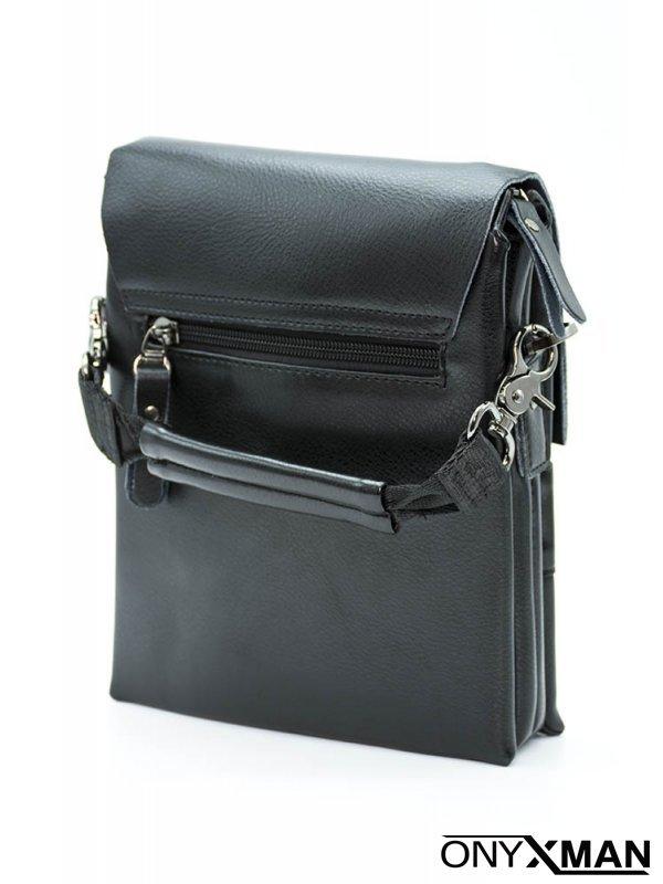 Мъжка черна чанта