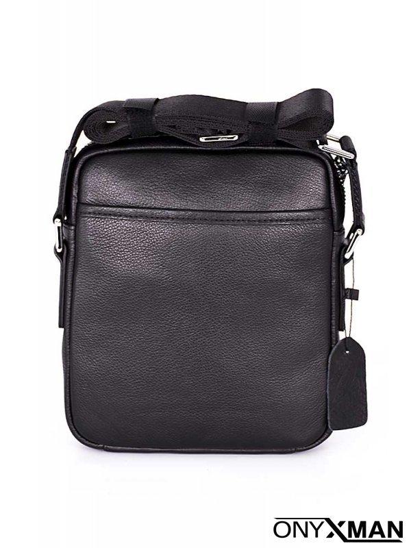 Малка мъжка чанта от естествена кожа