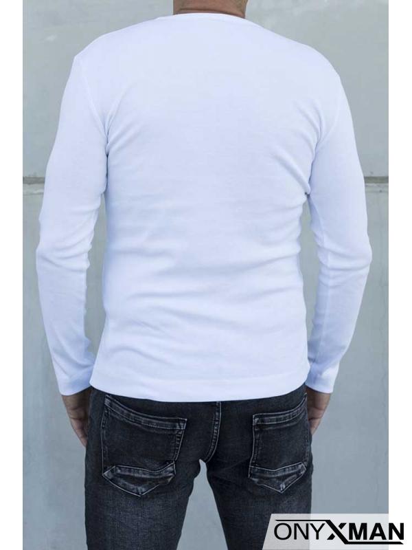 Интересна блуза в бяло с копченца