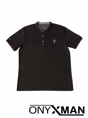 Тениска с три копченца в черен цвят Големи Размери