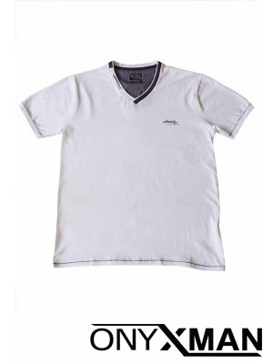Тениска в бяло с остро деколте Големи Размери