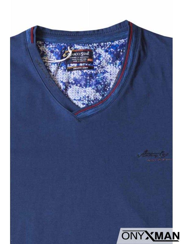 Тениска в индиго син цвят с остро деколте