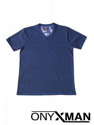 Тениска в индиго син цвят с остро деколте Големи Размери