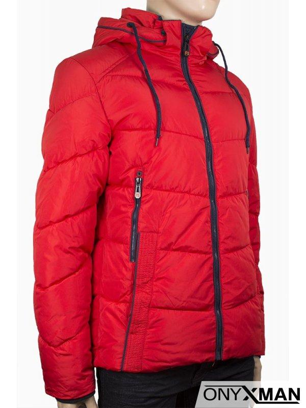 Мъжко зимно яке в червен цвят