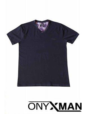 Тениска в тъмно синьо с остро деколте Големи Размери