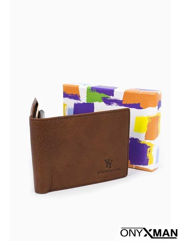 Светло кафяв портфейл от естествена кожа Coveri