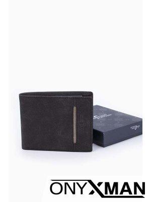 Мъжки портфейл от черна велурена кожа