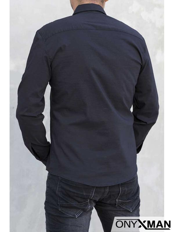 Елегантна мъжка риза в черен цвят
