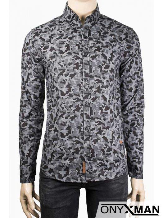 Мъжка риза с камуфлажен десен
