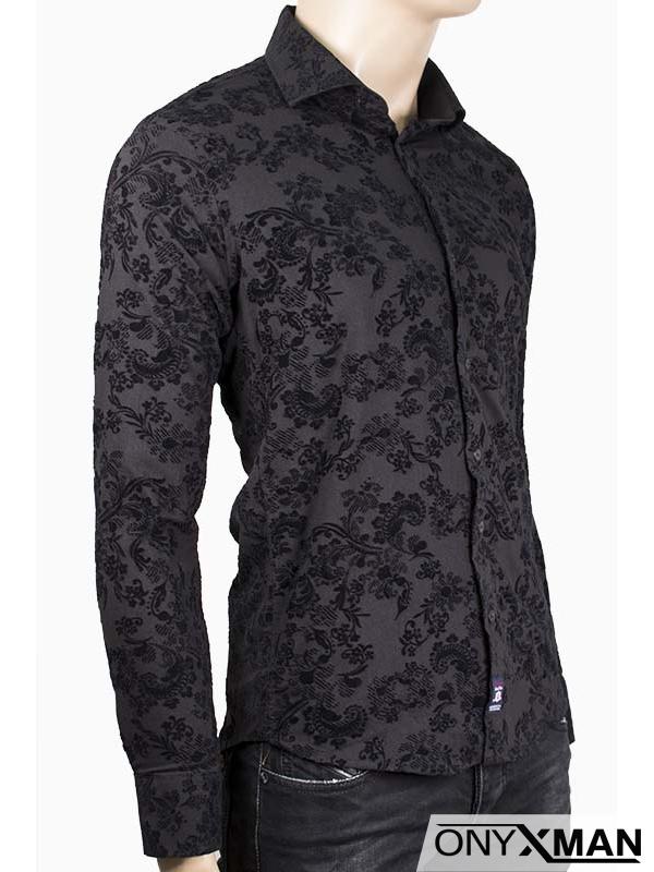 Мъжка риза в черен цвят с кадифени орнаменти