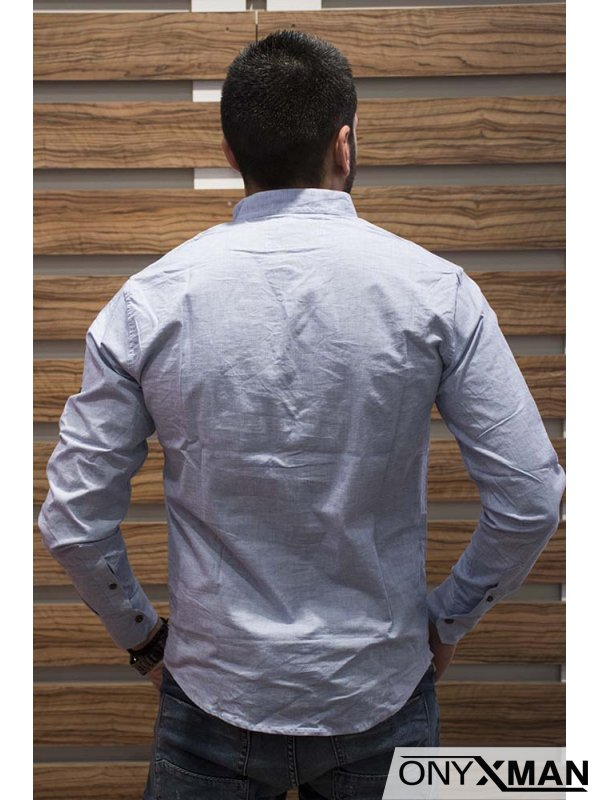 Стилна мъжка риза със столче яка