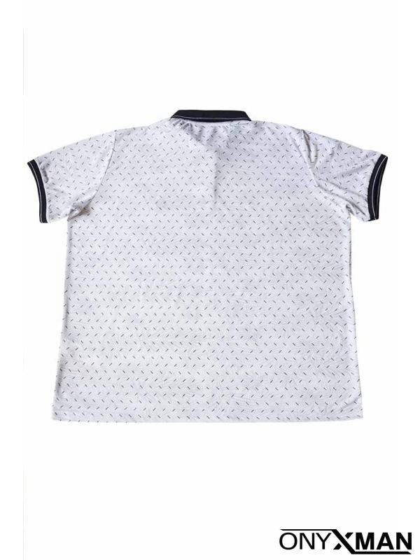 Свежа лятна тениска с яка