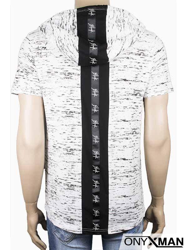 Тениска с качулка в бяло и цип
