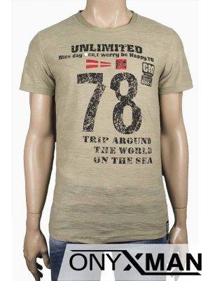 Тениска в зелен цвят с надпис 78