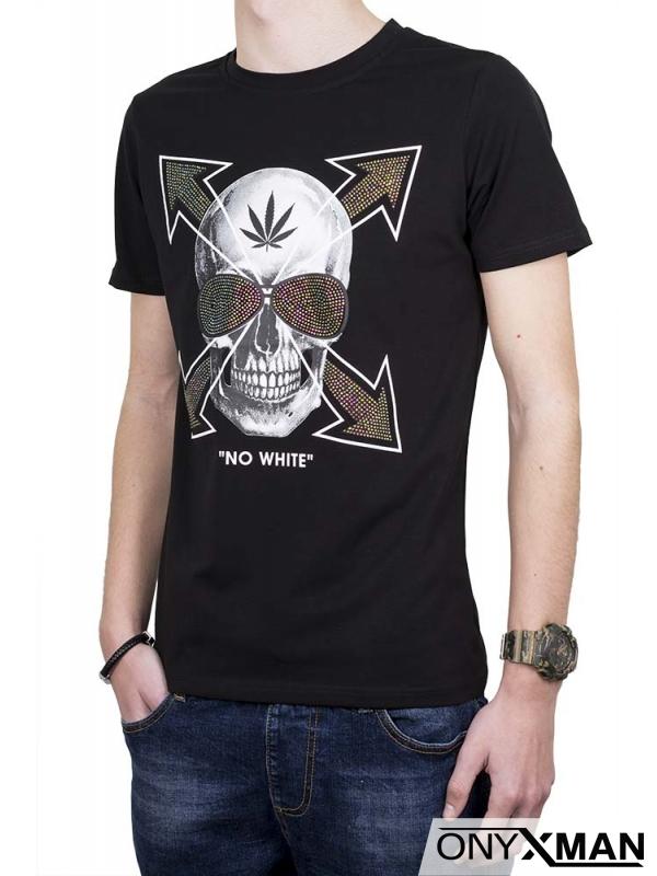 Мъжка тениска в черен цвят с череп и камъни