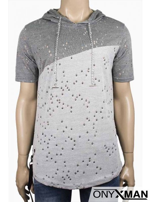 Мъжка тениска с метални аксесоари