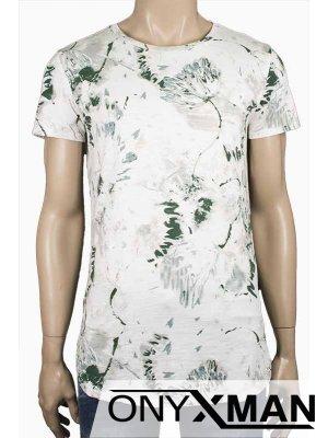 Свежа лятна тениска с акцент в зелено