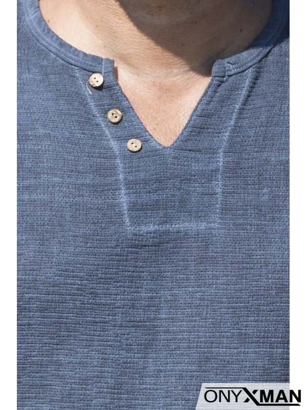 Мъжка тениска в тъмно син цвят