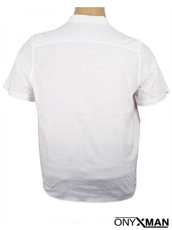 Мъжка риза в бял цвят със столче яка