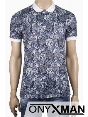 Мъжка тениска с бяла якичка
