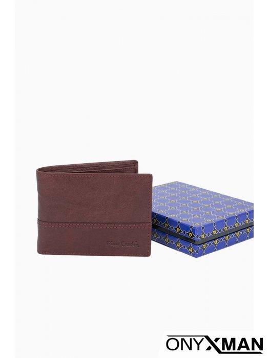 Елегантен портфейл в бордо
