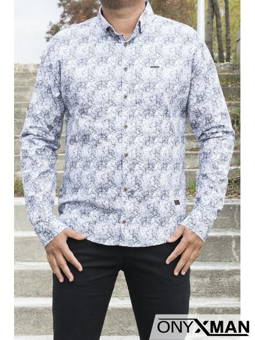 Бяла риза слим фит с флорални мотиви