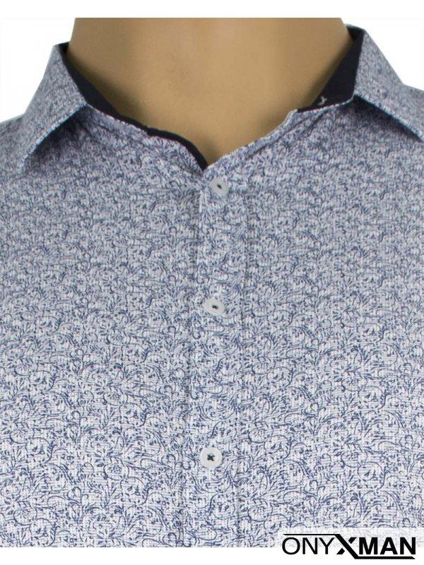 Мъжка риза със сини флорални мотиви