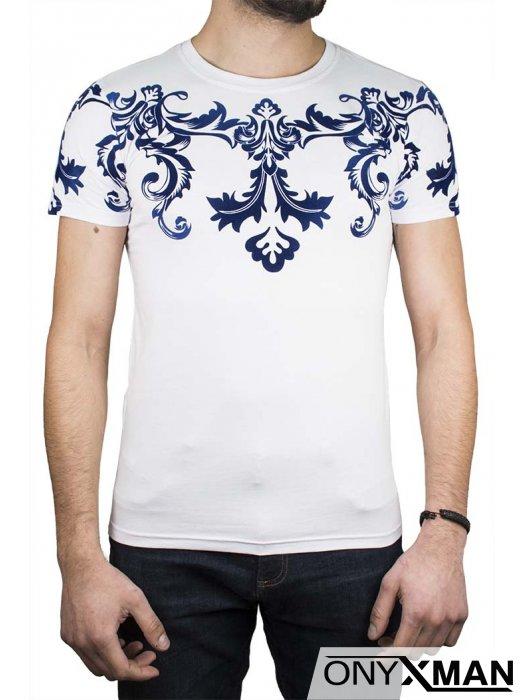 Тениска със сини кадифени орнаменти