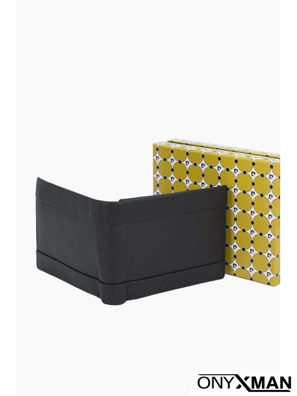 Кожен портфейл в черен цвят
