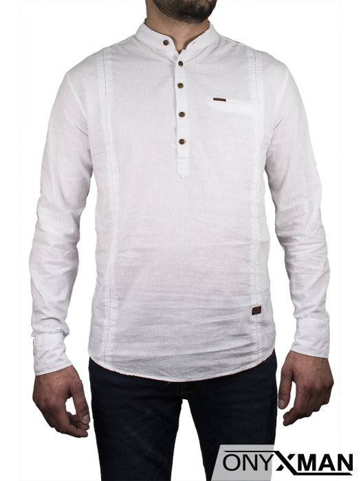 Небрежна лятна риза в бяло