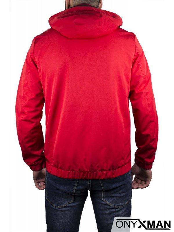 Пролетно яке в червен цвят, с черни ленти