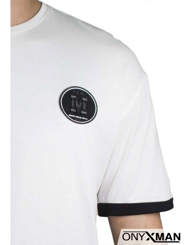 Къса и широка спортна тениска в бяло