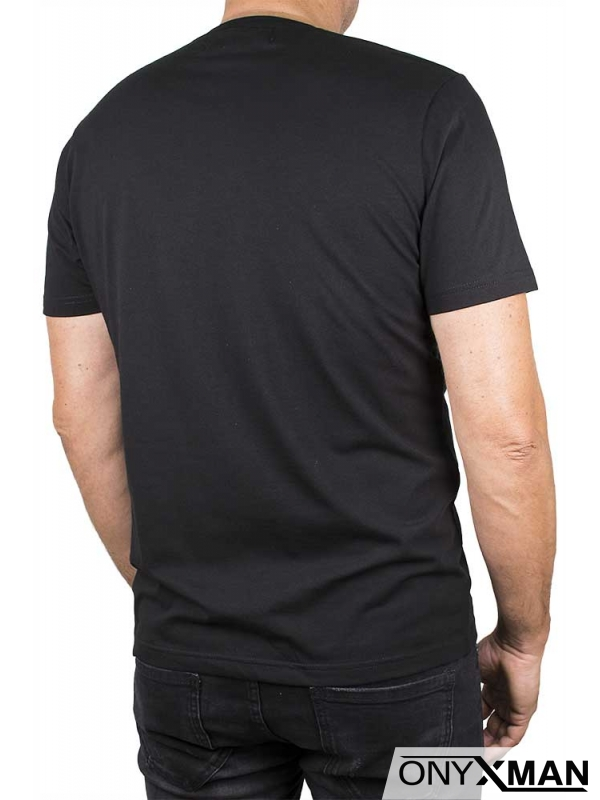 Интересна тениска с бял принт