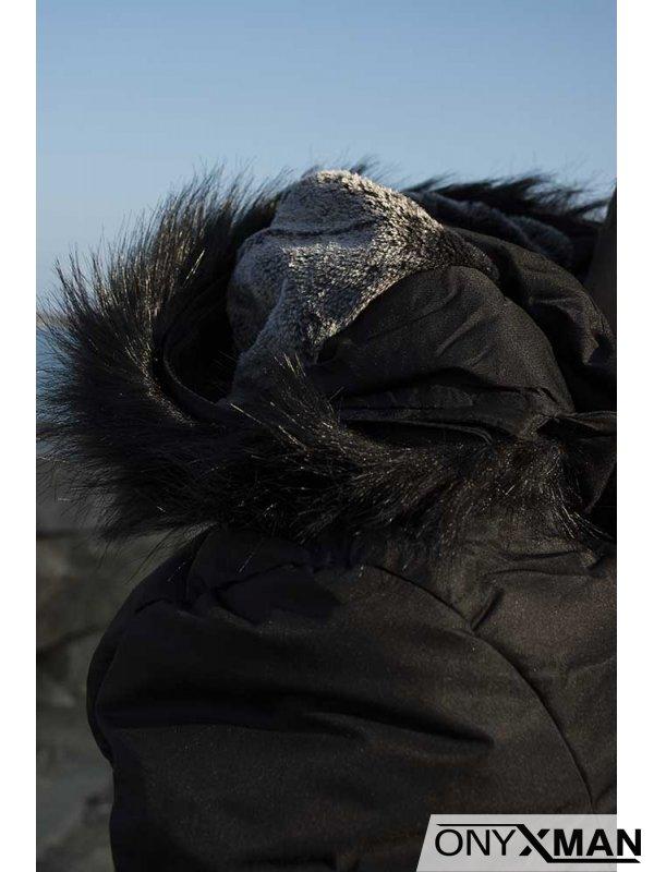 Зимно дебело яке с черна пухена яка
