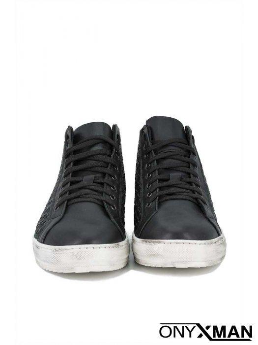 Мъжки обувки с преплетена кожа