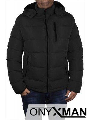 Късо зимно яке в черен цвят