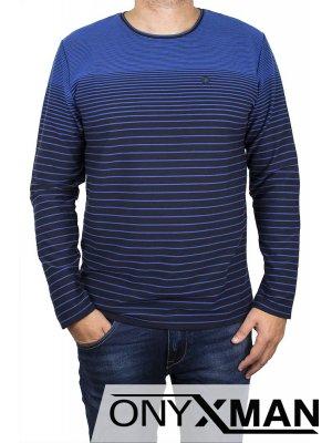 Стилна блуза в кралско синьо с кръпки на ръкавите