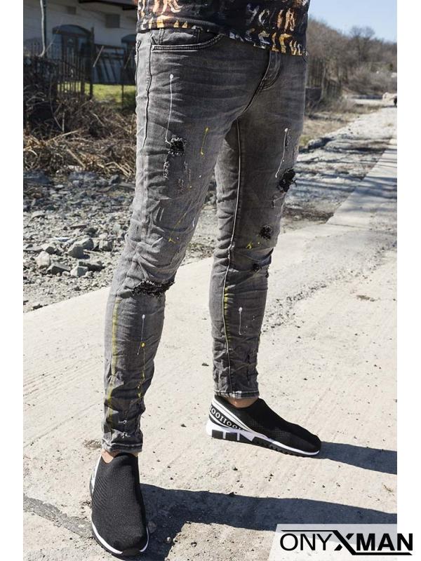 Слим фит деним в сиво с пръски боя