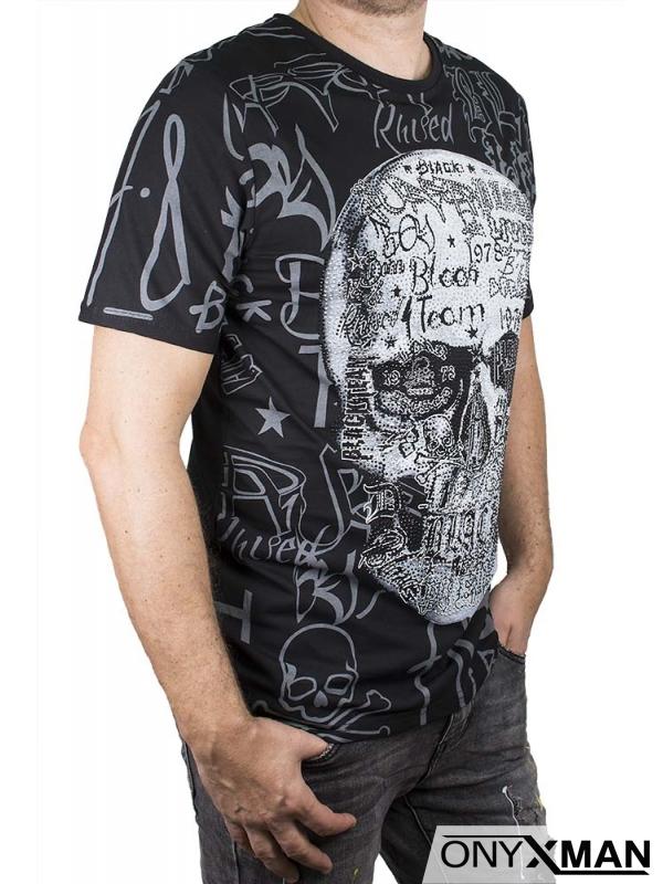 Тениска с череп от камъни в черно