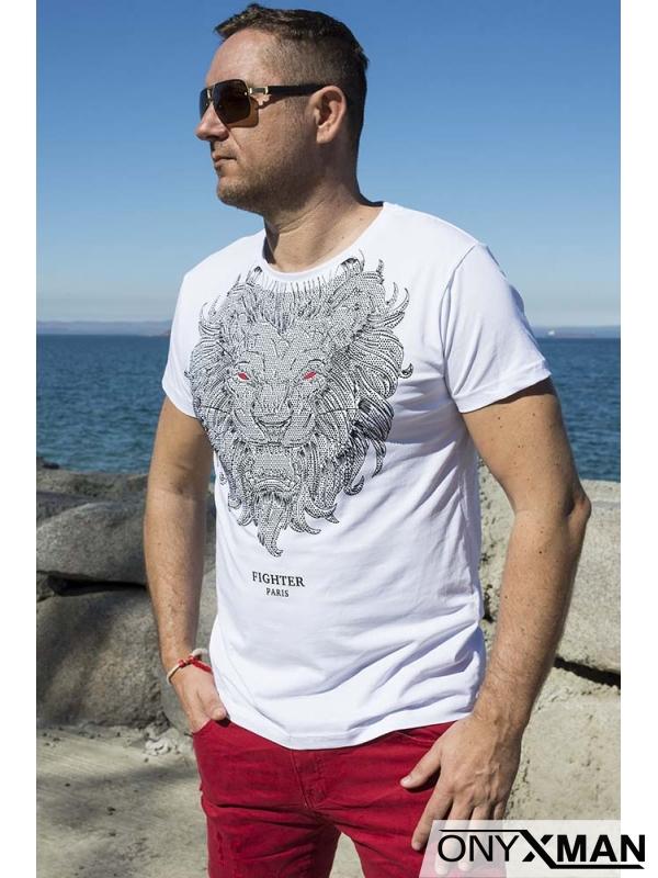 Тениска в бяло с лъв