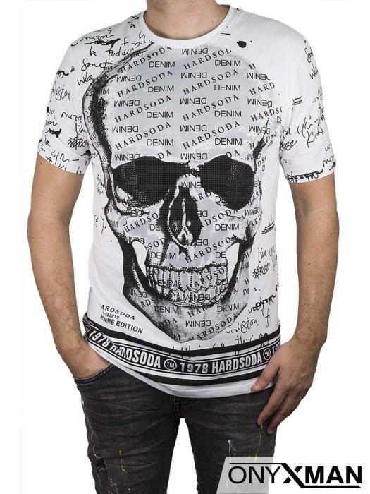 Тениска в бяло с череп,камъни и надписи