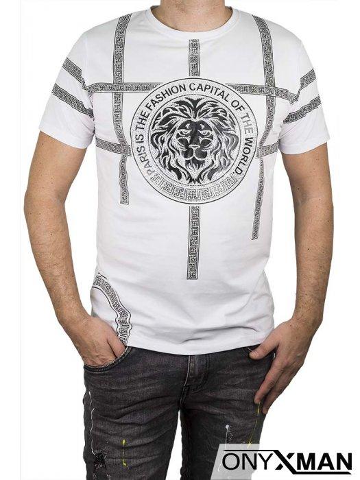 Тениска в бяло с черен лъв