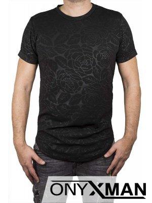 Тениска с цветни орнаменти