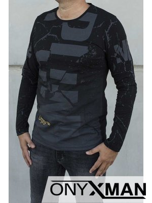 Блуза трико в черно
