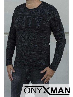 Черна блуза със сиви надписи
