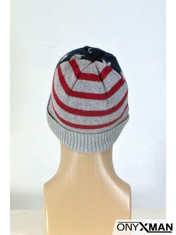 Зимна плетена мъжка шапка