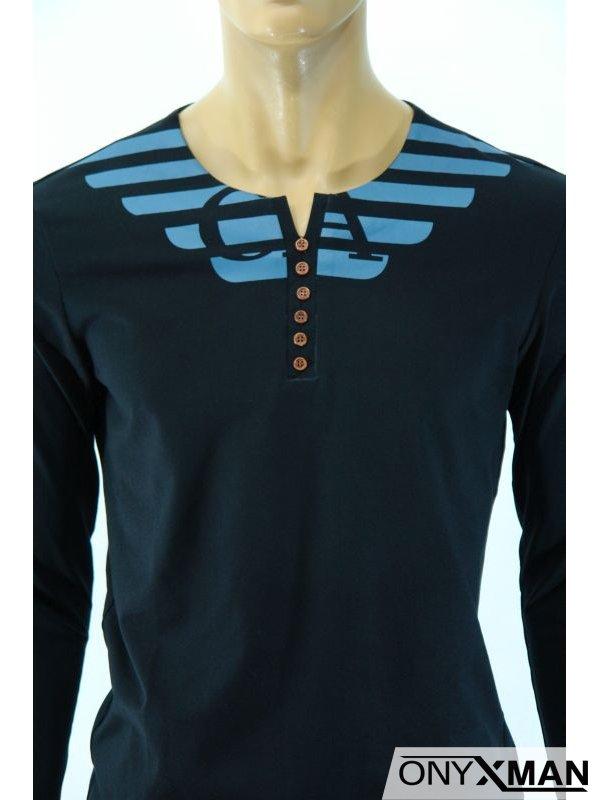 Мъжка блуза с декоративни копчета на деколтето